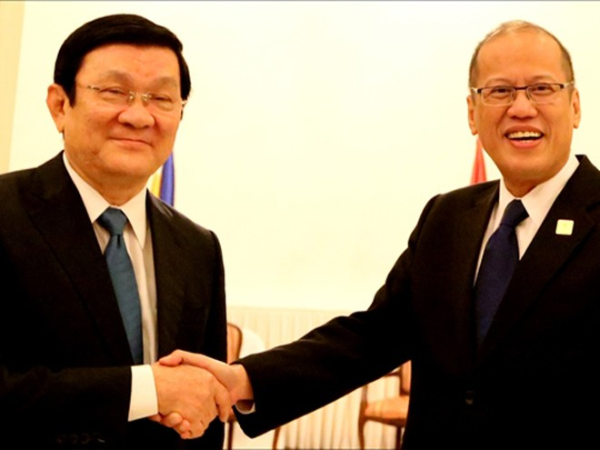 Chủ tịch nước Trương Tấn Sang tại cuộc gặp Tổng thống Philippines Benigno Aquino III chiều 9-11
