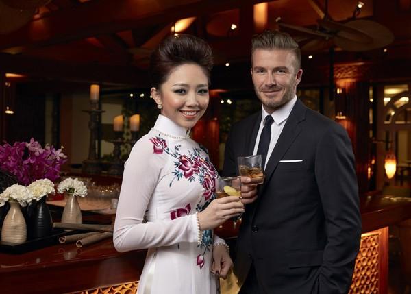 """Beckham đánh lẻ chụp ảnh """"tự sướng"""" với Tóc Tiên ảnh 4"""