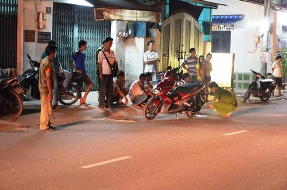 Bị cướp đạp đổ xe, 1 phụ nữ chấn thương nặng ảnh 1