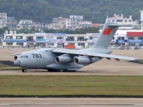Máy bay vận tải Y-20 Trung Quốc so tài cùng các đối thủ từ Mỹ, Nga ảnh 1