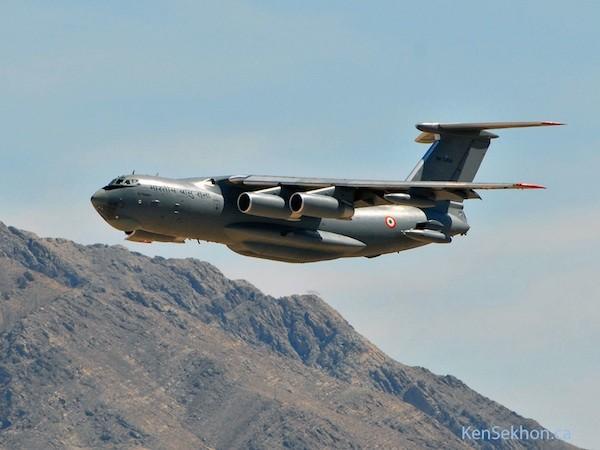 Máy bay vận tải Y-20 Trung Quốc so tài cùng các đối thủ từ Mỹ, Nga ảnh 3