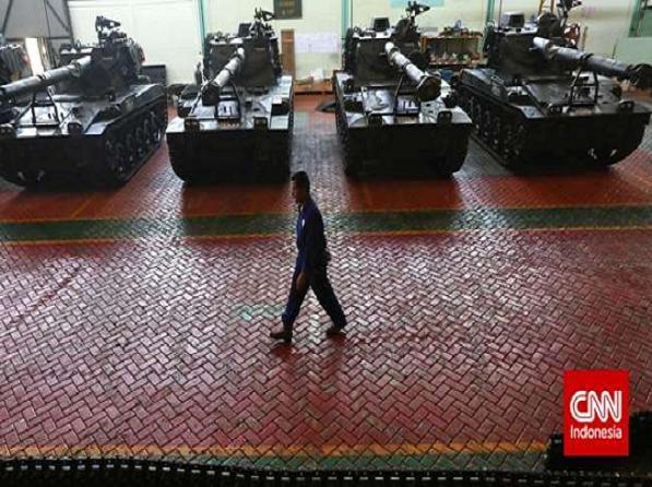 Xe tăng Tank AMX-13 tại xưởng của tập đoàn PT Pindad