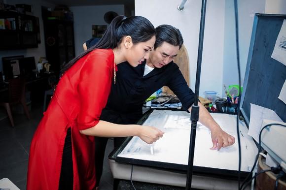 Nguyễn Thị Loan học vẽ tranh cát thi tài năng Miss world ảnh 4
