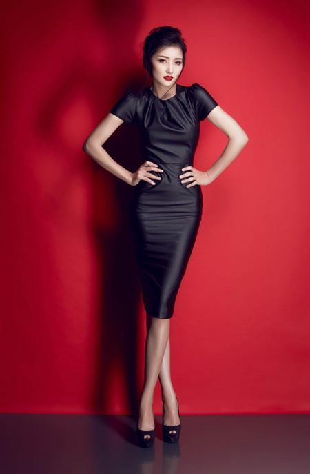Hoa hậu Triệu Thị Hà gợi cảm với thời trang cut-out ảnh 10