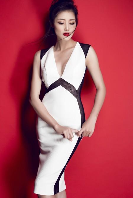 Hoa hậu Triệu Thị Hà gợi cảm với thời trang cut-out ảnh 6