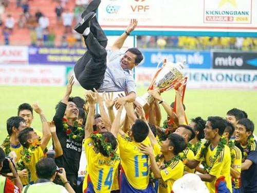 CLB Đồng Tháp được cứu trở lại V-League 2015 ảnh 1