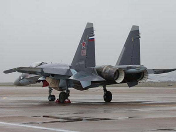 Chiến đấu cơ Su-35 của Nga tại triển lãm Chu Hải