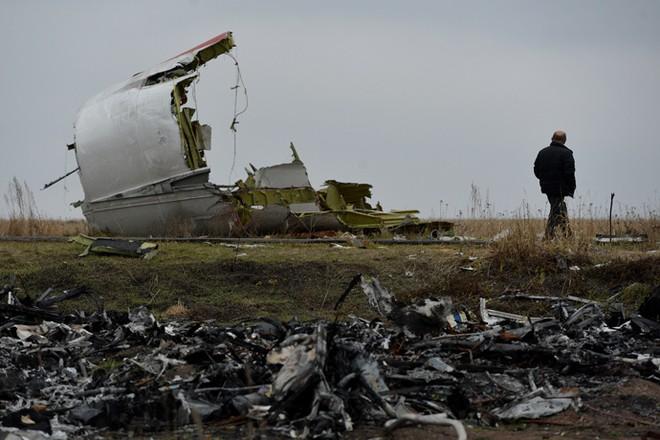 Có ít nhất một máy bay lạ xuất hiện gần MH17 trước khi bị rơi ảnh 3