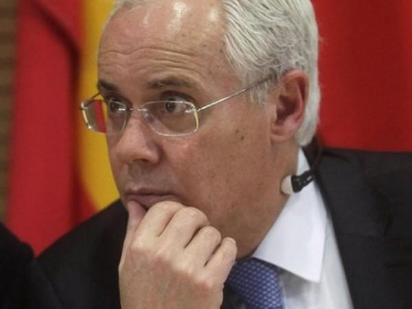 Dù luôn khẳng định mình không chịu trách nhiệm trong vụ bê bối tham nhũng, Bộ trưởng Macedo vẫn từ chức