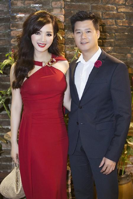 Hoa hậu Giáng My quyến rũ trong đêm nhạc gây quỹ từ thiện ảnh 4