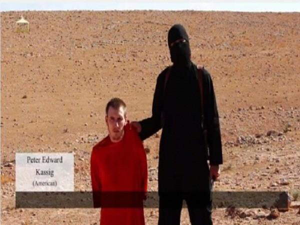 Peter Kassig trong một video được IS công bố trước đó