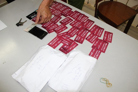 Hàng chục thẻ ATM giả được công an thu giữ