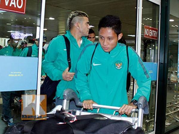 Đối thủ đáng gờm nhất của đội tuyển Việt Nam tại vòng bảng AFF Cup 2014 đã tới Hà Nội ảnh 2