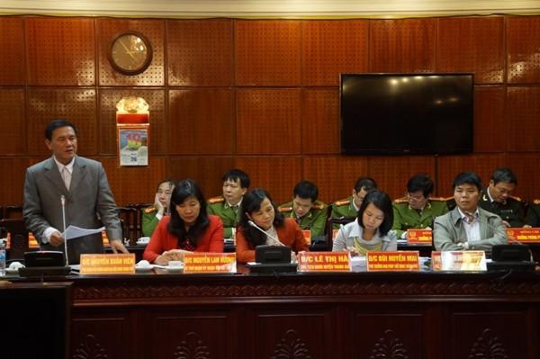 Thành viên đoàn công tác đánh giá cao nội dung báo cáo và công tác chuẩn bị của CATP