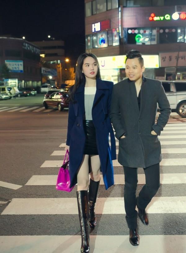 """Ngọc Trinh đẹp kiêu sa ở Hàn Quốc, nhẹ nhàng """"kiếm"""" cả tỷ đồng ảnh 12"""