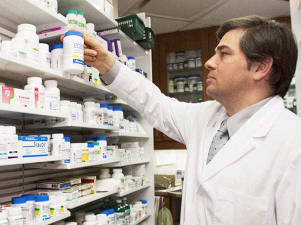 Dù thế giới liên tiếp có những thuốc kháng sinh cực mạnh song vi khuẩn cũng không ngừng biến đổi để kháng thuốc