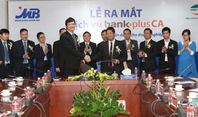 Hợp tác giữa MB và Viettel mang lại nhiều giải pháp giao dịch tài chính tối ưu cho khách hàng