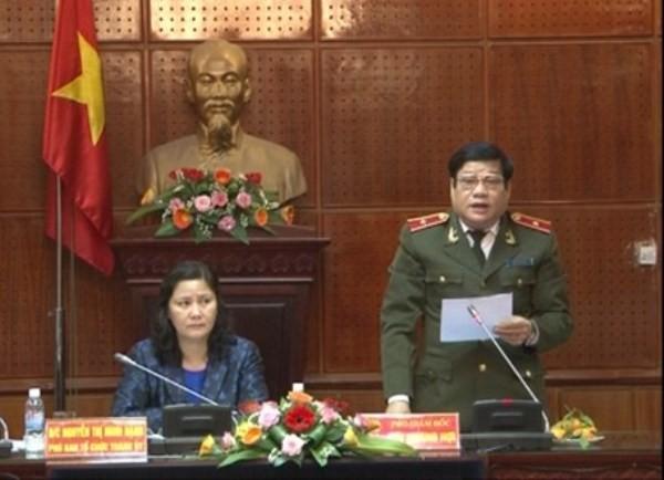 Thiếu tướng Lưu Quang Hợi phát biểu cảm ơn các đơn vị trong cụm thi đua đã đoàn kết, phấn đấu hoàn thành tốt công tác xây dựng Đảng năm 2014