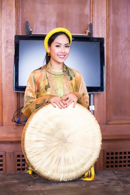HHTG 2014: Ngày đầu tiên của Nguyễn Thị Loan ở xứ sở xương mù ảnh 5