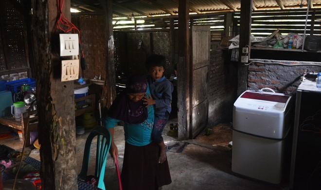 Ngôi nhà của Sumarti, mẹ và con trai của cô