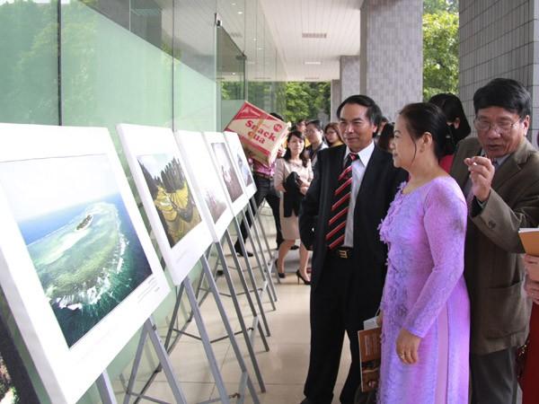 Khai mạc triển lãm ảnh di sản Việt Nam ảnh 1