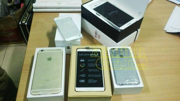 Phát hiện lô hàng điện thoại nhập lậu, nhiều Iphone 6 ảnh 2