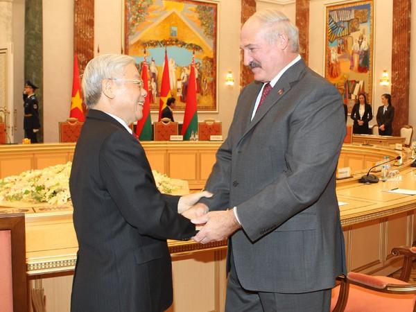Tổng thống Cộng hòa Belarus A. Lukashenko đón tiếp Tổng Bí thư Nguyễn Phú Trọng