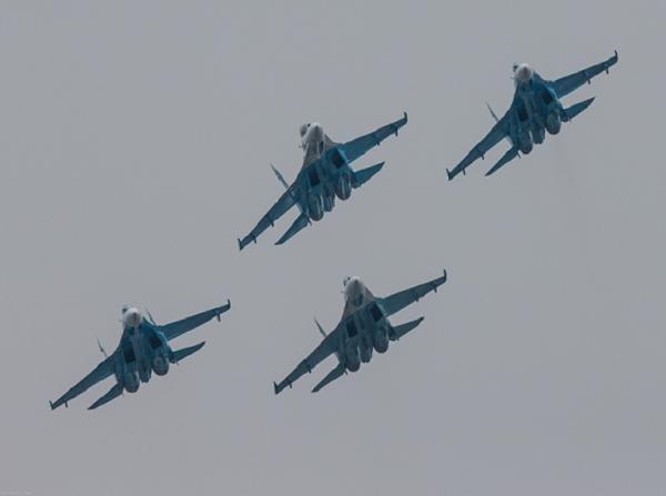 Nga đã điều thêm 14 chiến đấu cơ Su-27/30 tăng cường cho không quân bán đảo Cimea