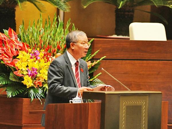 Chủ nhiệm Ủy ban Quốc phòng - An ninh của Quốc hội Nguyễn Kim Khoa báo cáo giải trình, tiếp thu ý kiến về dự thảo Luật Công an nhân dân (sửa đổi)