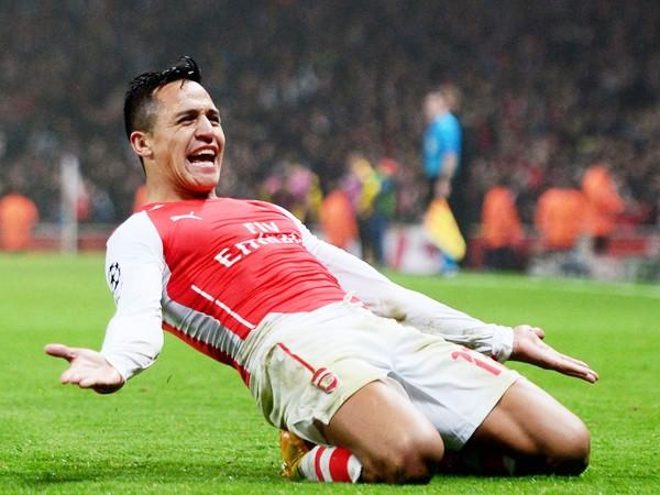 Sanchez đang chơi rất hay trong màu áo Arsenal