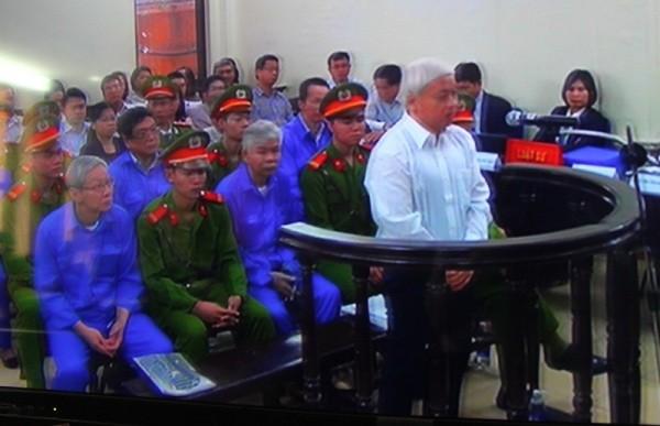 Nguyễn Đức Kiên hầu tòa