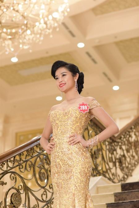 Thí sinh Hoa hậu Việt Nam 2014 lộng lẫy trong trang phục dạ hội