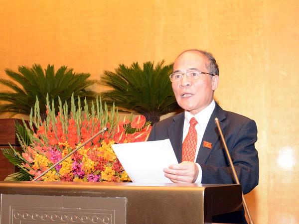 Chủ tịch Quốc hội Nguyễn Sinh Hùng đọc diễn văn bế mạc kỳ họp