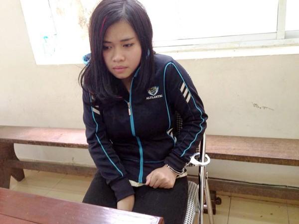 Vũ Thị Vân Anh bị bắt giữ đưa về trụ sở cơ quan công an