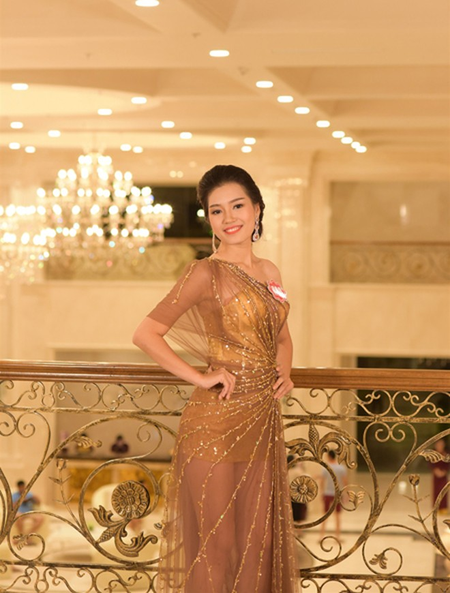Thí sinh Hoa hậu Việt Nam 2014 lộng lẫy trong trang phục dạ hội ảnh 2