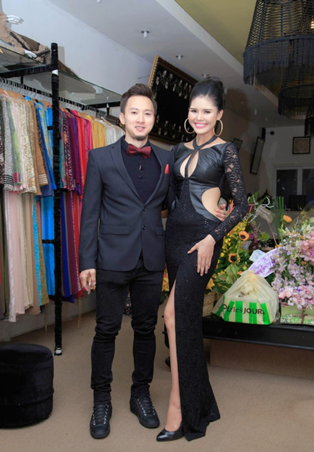 Người mẫu Kim Nguyên gợi cảm dự sinh nhật NTK Võ Việt Chung ảnh 7