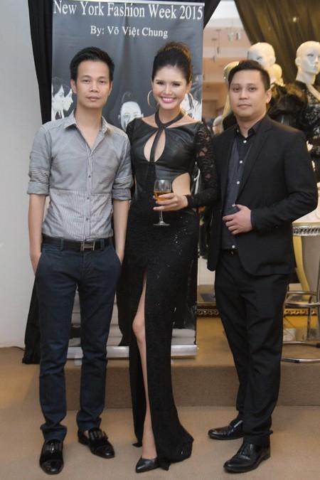 Người mẫu Kim Nguyên gợi cảm dự sinh nhật NTK Võ Việt Chung ảnh 8