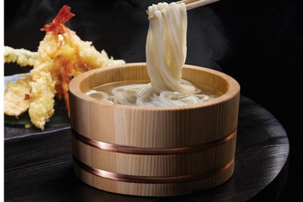Udon Kamaage tinh tế trong từng sợi mì với cách thưởng thức đặc biệt và thú vị