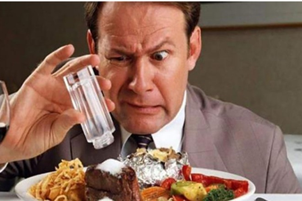 Suy thận do tiêu thụ quá nhiều muối