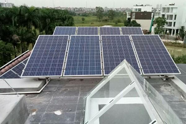 Khách hàng tại Hoàng Mai, Hà Nội lắp đặt hệ thống năng lượng mặt trời của NPSC với công suất 10,65kWp vào tháng 5/2019