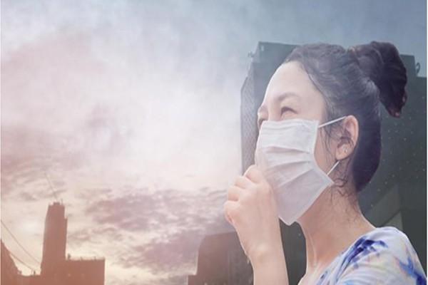Môi trường ô nhiễm cũng là yếu tố dẫn đến viêm thanh quản