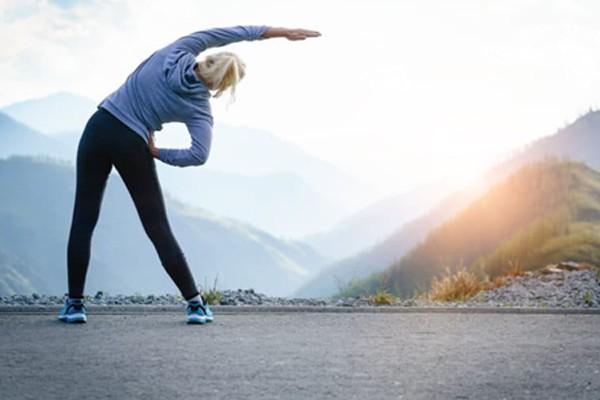 Người mắc ung thư vú nên tập thể dục vừa sức