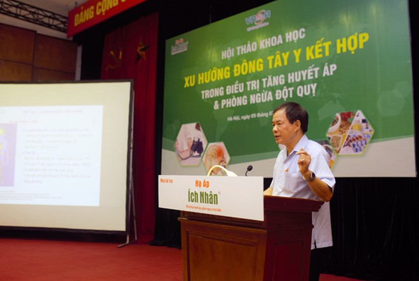 GS.TS Nguyễn Văn Thông - Chủ tịch Hội Đột quỵ Việt Nam