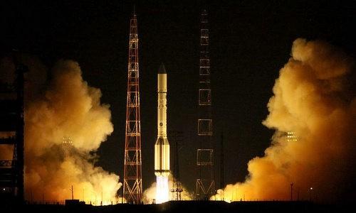 Tên lửa đưa vệ tinh bí mật của Nga lên không gian năm 2016