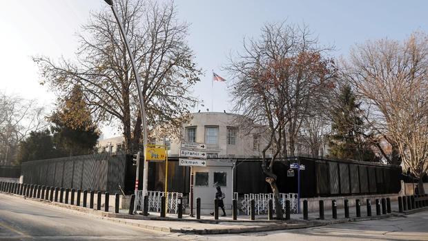 Đại sứ quán Hoa Kỳ tại thủ đô Ankara trở thành mục tiêu của nhiều vụ tấn công vũ trang