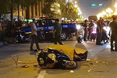Vụ tai nạn khiến 1 phụ nữ đi đường thiệt mạng tại chỗ, 1 người đàn ông bị thương nặng