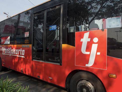 TransJakarta là tuyến xe buýt nhanh dài nhất thế giới