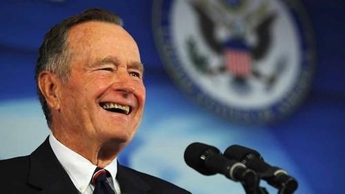 Cố Tổng thống George Bush đã đưa ra nhiều chương trình nghị sự trong nước