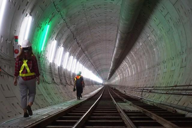 """[Audio 25-12-2018] Tuyến metro số 1 bị """"rút ruột""""? ảnh 1"""