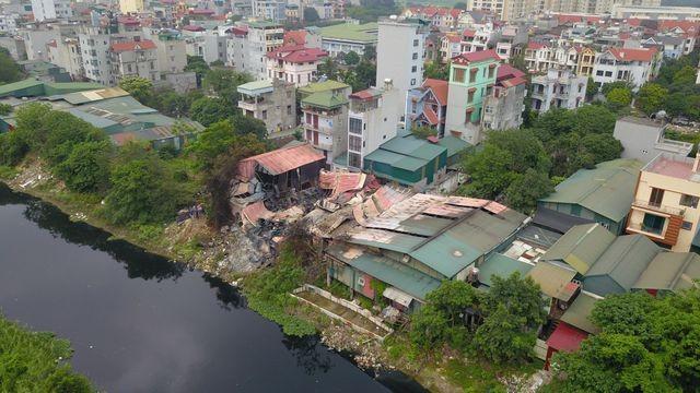 Vụ cháy lớn rạng sáng ngày 12-4 đã gây ra hậu quả vô cùng nghiêm trọng